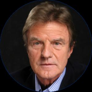 Bernard Kouchner — Médecin et ancien Ministre